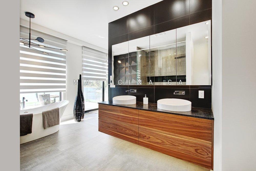 Salles de bain contemporaines Deux-Montagnes 2018 vue 1
