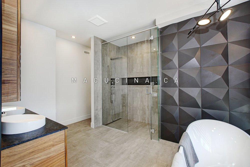 Salles de bain contemporaines Deux-Montagnes 2018 vue 2