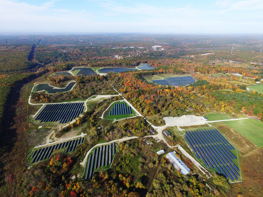 A BlueWave Solar community solar project in Oxford, MA.  Photo Credit: BlueWave Solar
