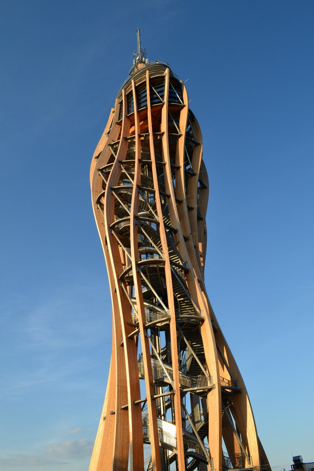 pyramidenkogel_carinthia_tower_wooden_tower_wood_architecture_observation_deck_building-1003149.jpg