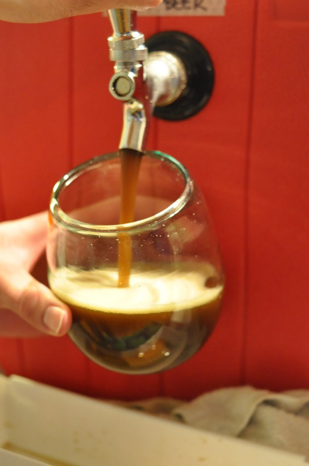 Step 1: pour root beer into large glass