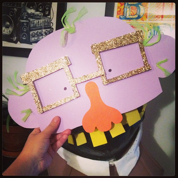 When your masks need masks... you know it's Uncle Monsterface.  #props #sets #stage #synstyling #styling #masks #monster #umf #unclemonsterface #band #brooklyn #indie #rock #waystation #accountant #albumrelease #lavamen #glitter #costume #costumedesign #meta #meowmeow #teeth @martystuff @woodsman