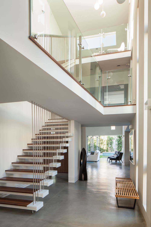 130203_ProtoHome_Maryland_Stairway-090 (4).jpg