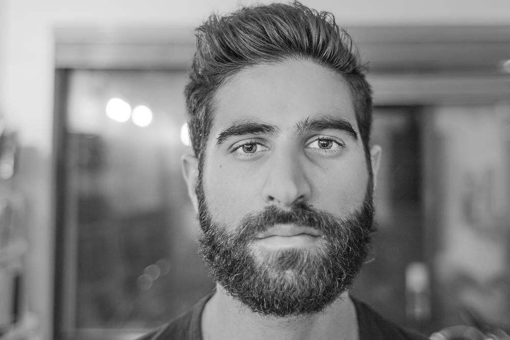 Moi barbe - therearmirror.com-1-2.jpg