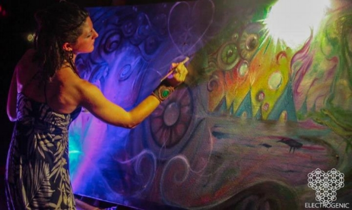 Live Painting by Krystleyez & friends at Envision Festival, Costa Rica, 2012