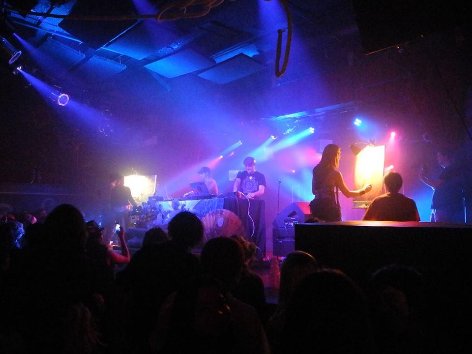 DesertDwellers_krystleliveart&stagebanner2.jpg