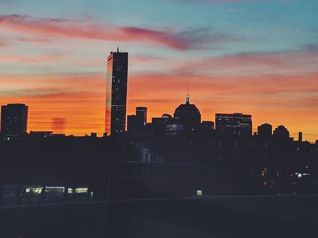 More Boston sunset from Friday. How dope were those clouds? And that reflection tho. 😍😍😍 • • • • • #boston #igersboston #igboston #bostondotcom #bostonusa #skyporn #igsunset #iheartboston #massachusetts #sunsetlovers #igersmass #igersnewengland #cloudporn #sunsets #boston_igers #sunsetporn #vscocam #vscooftheday #skylovers #igersbostonfox25 #sunset_pics #igersusa #scenesofma #ocean #ignewengland #skyline #evening #followingboston #ig_boston #bostonlove