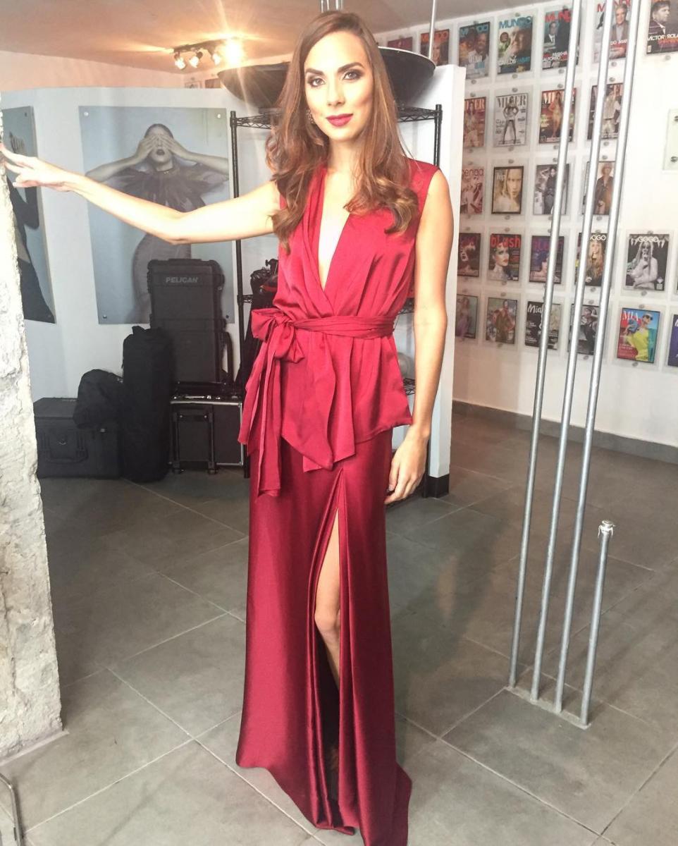La preparación de Alessandra para Miss Mundo estuvo llena de sesiones de fotos y clases de baile. Foto tomada de su Instagram.