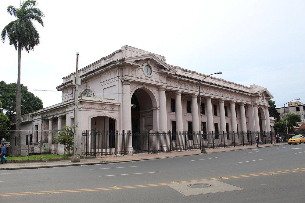 El Museo Antropológico Reina Torres de Araúz alberga la historia del hombre panameño por el istmo con piezas que recuerdan sobre el pasado precolombino.