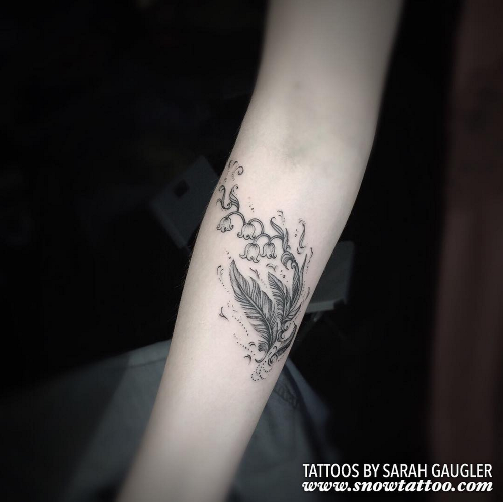 Sarah Gaugler Snow Tattoo Custom Floral Bell Flower New York Best Tattoos Best Tattoo Artist NYC.png