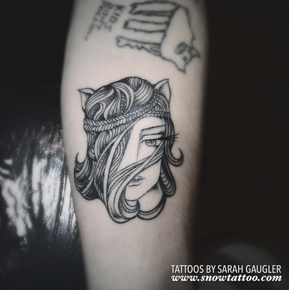 Sarah Gaugler Snow Tattoo Custom Lady Cat Finelinetattoo Fine Lines Intricate Detailed New York Best Tattoos Best Tattoo Artist NYC.png