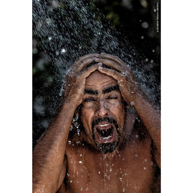 #portrait #sommer #shower #shariyantraphotography   Photo by Shari Yantra Marcacci 2014