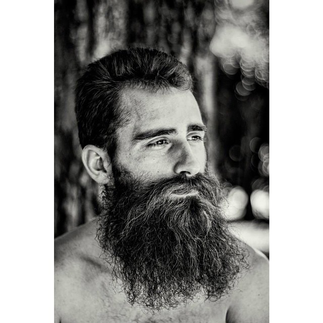 #menwithbeards #beards #portrait #blackandwhite #blackandwhitephotography #photography #shariyantraphotography   Photo by Shari Yantra Marcacci 2014