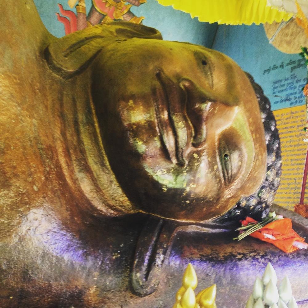 Large reclining Buddha, Kbal Spean