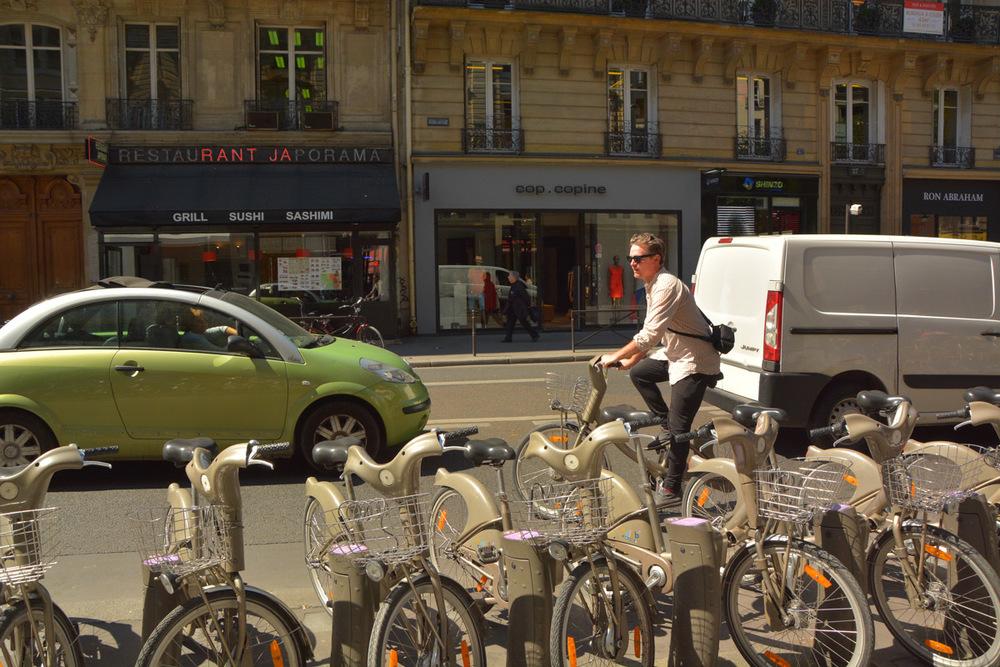 Parisian suave