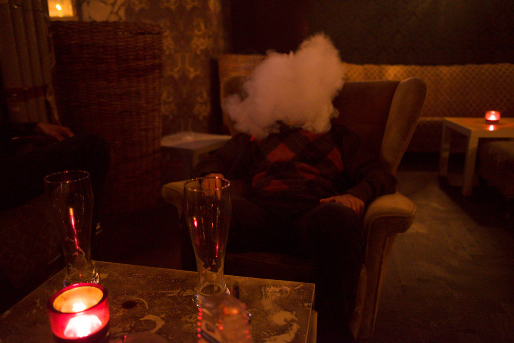 Enjoying the Turkish influence on the city - Hookah Pipe Lounge, Berlin