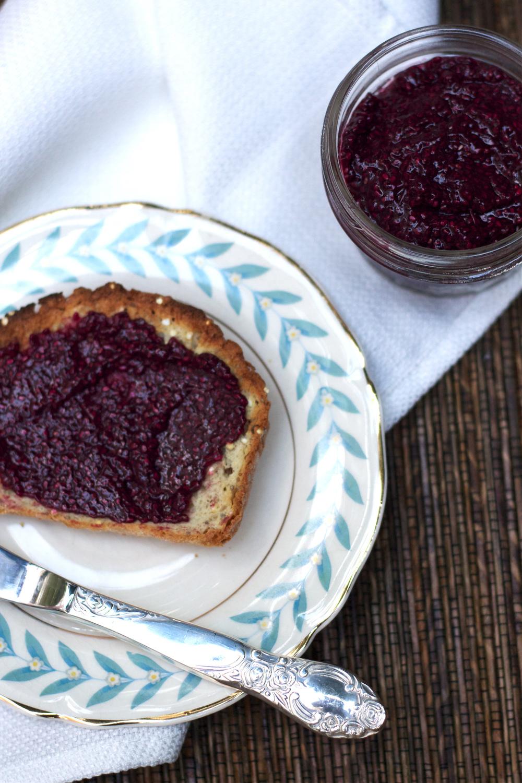 Concord Grape Chia Jam #recipe #foodbymars #glutenfree #vegan #seasonal #spread