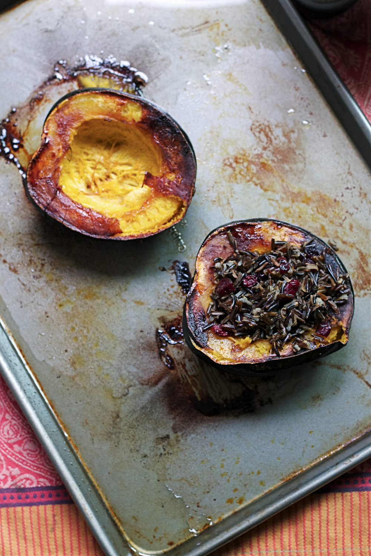 Stuffed Acorn Squash #glutenfree #vegetarian #vegan #foodbymars