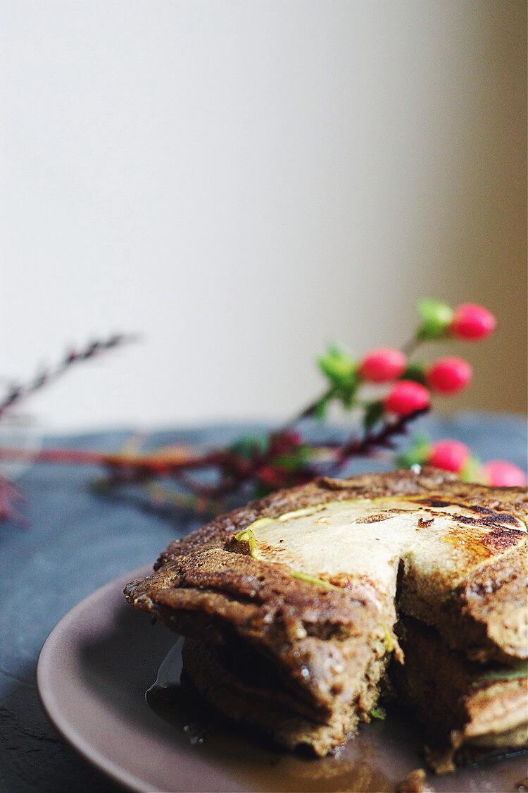 Spiced Pumpkin & Apple Buckwheat Pancakes #foodbymars #gluten-free