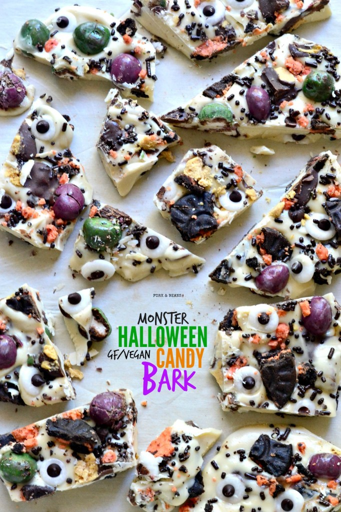 Monster Halloween Bark from forkandbeans.com (CLICK FOR RECIPE)