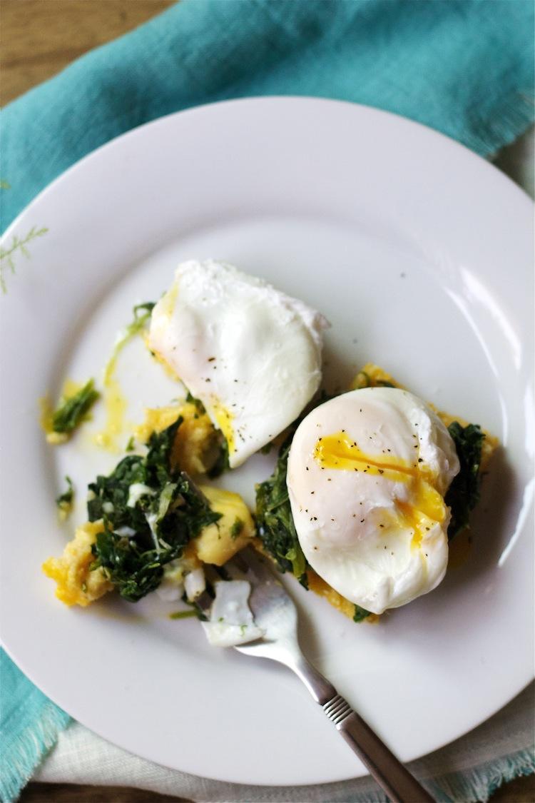 Eggs Florentine with Crispy polenta squares #lactosefree #glutenfree #breakfast #brunch #foodbymars