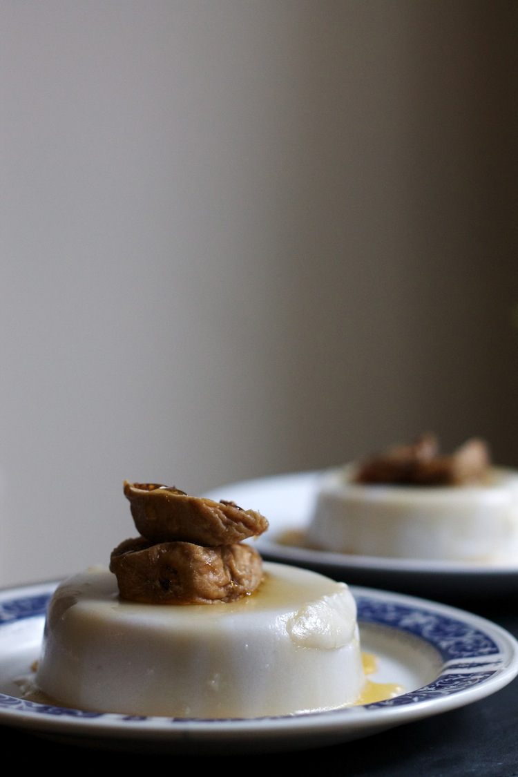 Vegan Coconut Panna Cotta with Dried Figs & Honey #foodbymars #vegan #glutenfree