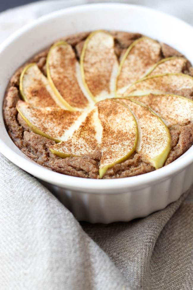 Baked Apple Pie Oatmeal (Vegan & Gluten-free)