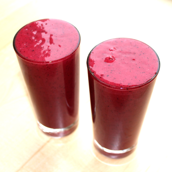 TURN UP THE BEET ANTIOXIDANT SMOOTHIE by Two Green Peas