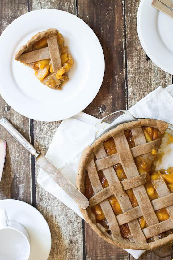 Spiced Peach Pie (vegan & gluten-free) via Food by Mars