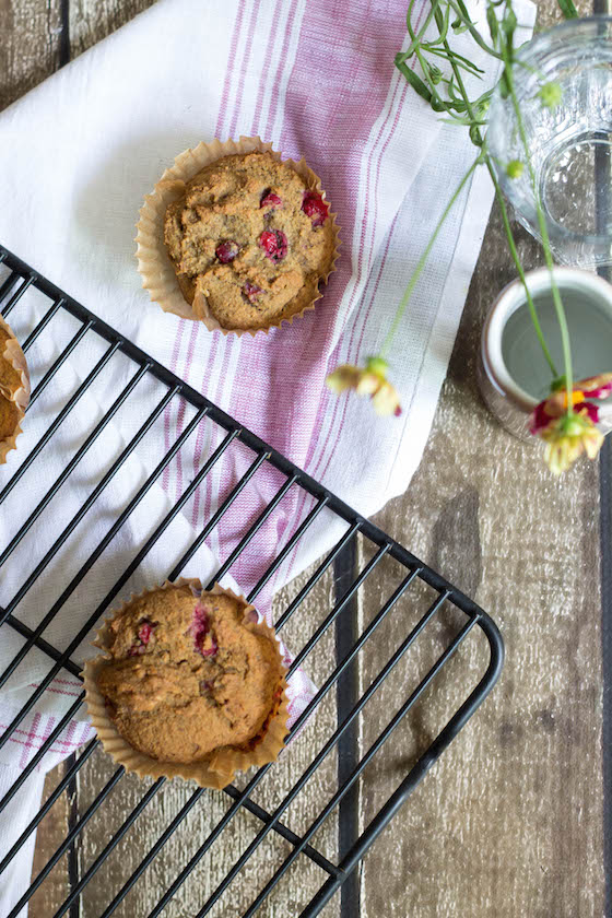 Currant Muffins made with Tigernut Flour (vegan & gluten-free) via Food by Mars