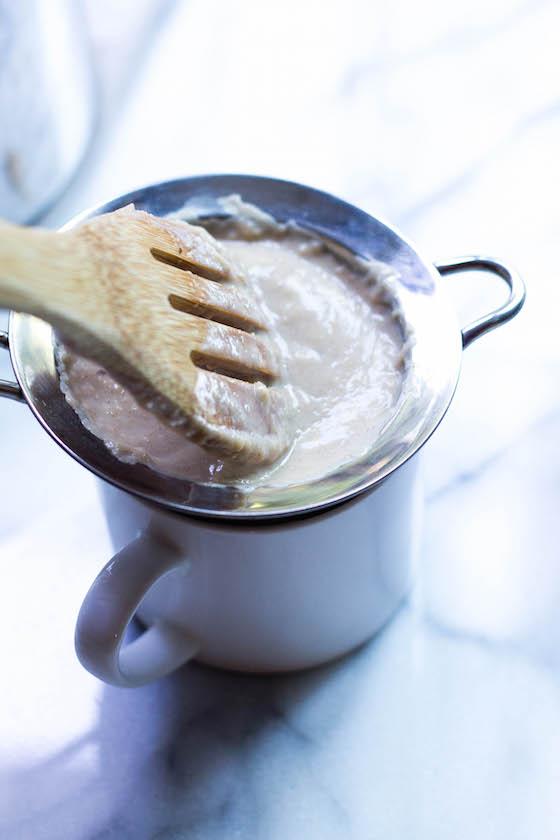 Dairy-free Avena (Puerto Rican Cinnamon-Oat Drink) via Food by Mars