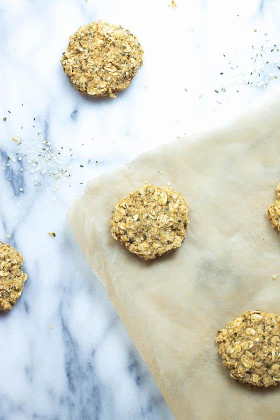 Pumpkin & Hemp Oatmeal Cookies (vegan, gluten-free)