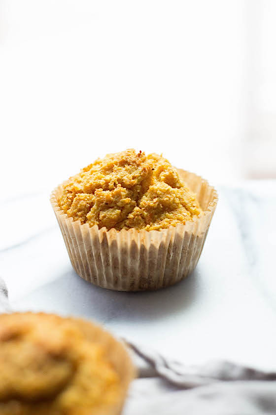 Cornbread Muffins (gluten-free) made with cornmeal and corn flour via Food by Mars