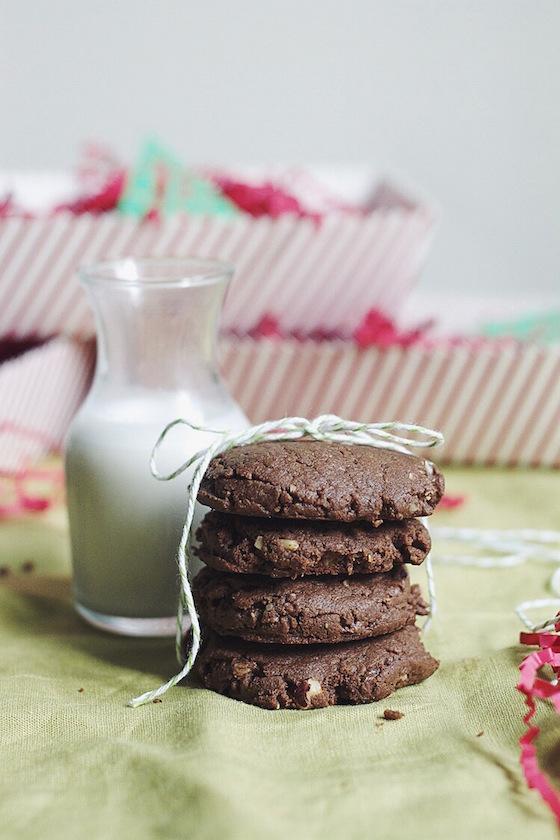 Flourless Chocolate-Hazelnut Cookies via Food by Mars (gluten-free)