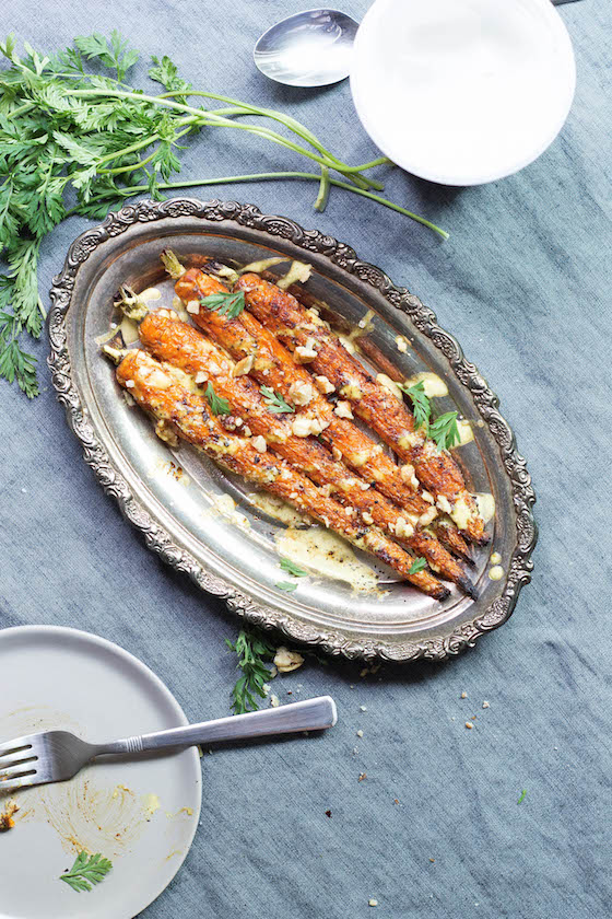 Curry Spiced & Roasted Carrots (vegan, vegetarian, gluten-free, grain-free, dairy-free) and easy! via Food by Mars