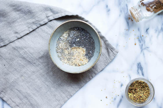 Creamy Cashew Chia Pudding from Amie w/ Hemp-Pistachio Granola (vegan, dairy-free, gluten-free, grain-free, clean, healthy) via Food by Mars - a perfect weekday breakfast filled with omega 3's