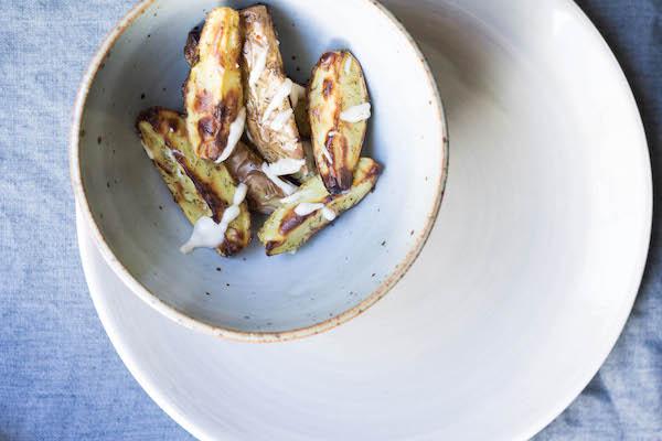 Dill Roasted Fingerlings with Garlic Aioli (vegan, dairy-free, grain-free, gluten-free) via Food by Mars