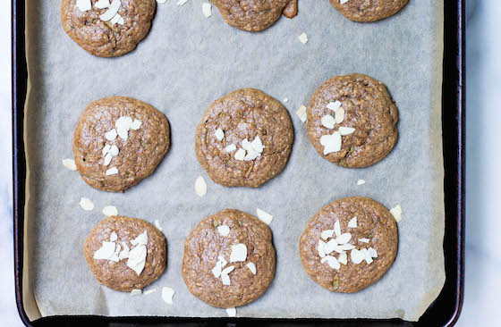 Flourless Almond Zucchini Cookies (part deux) - gluten-free, grain-free, low-carb, flourless, paleo, refined sugar-free via Food by Mars