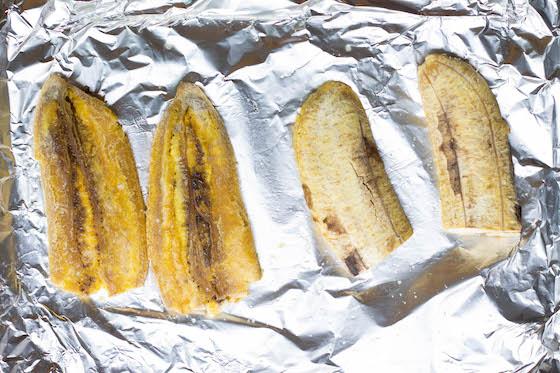 """Jibaritos"" - Green Plantain Sandwich (paleo, gluten & grain-free, vegan options) via Food by Mars"
