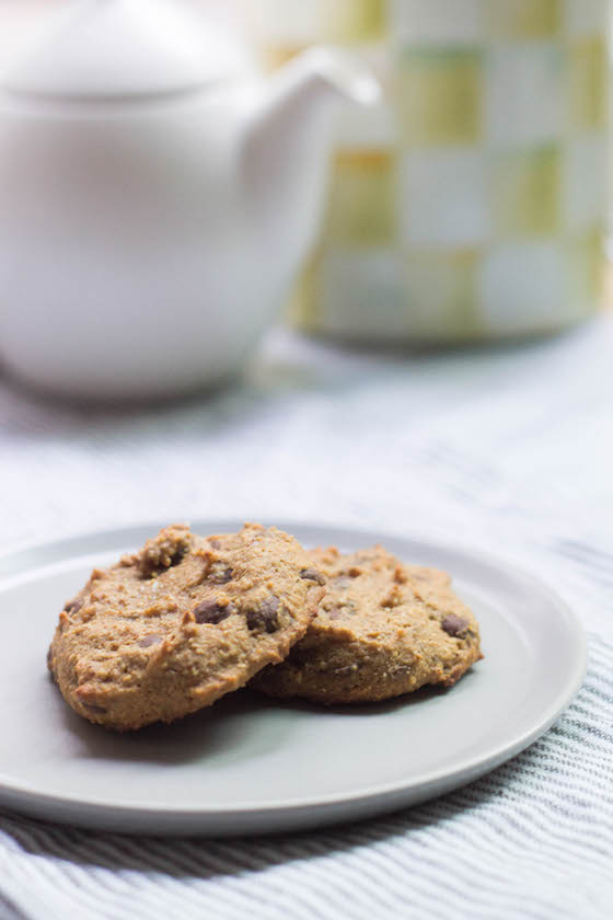 Ginger Carob-Chip Cookies (Paleo & Vegan) via Food by Mars