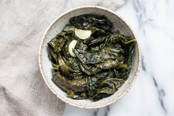 Sautéed Garlic Kale (vegan, easy side dish) via Food by Mars