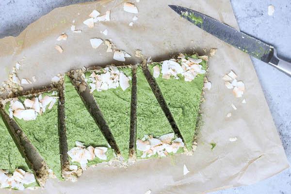 Raw Matcha Coconut Cream Pie (vegan, paleo, refined sugar-free) via Food by Mars