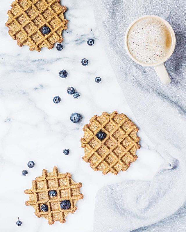 Morning things. ☀️ Cheers to the weekend, tigernut waffles, bluebs and coconut cappuccinos! 🌈 Some of you asked what's up with my blog... (mentioned I wasn't posting this week and posted the popsicle recipe on Insta instead)-- well, Mama's re-platforming and it's getting a mini makeover over next couple of weeks. Freaking out a little but mostly stoked. More to come!! 💻😄 ------------ BBQ in the North Fork today!! Everyone have a lovely day 😘😘 ----------------------------- . . . . . . #foodbymars #onthetable #wholefoods #goodfood #nutritious #vscofood #f52grams #nourishnotpunish #poweredbyplants @thefeedfeed #feedfeed #foodgawker #foodblogfeed @foodblogfeed #foodphotography #eatpretty #inspirehealthy #iamwellandgood #lowfodmap #thenewhealthy #aipaleo #aip #grainfree #glutenfree #cookinglight #breakfast #waffles  #thenewhealthy #feedfeedpaleo #sundayfunday