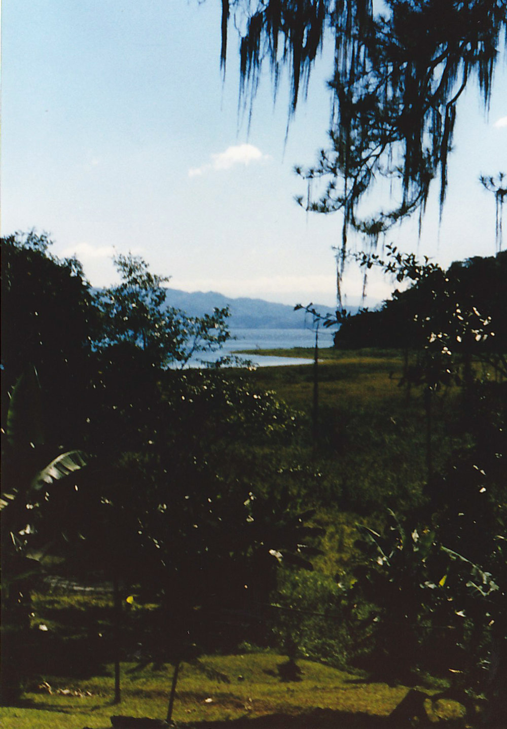 Lake-Yohoa-17.jpg