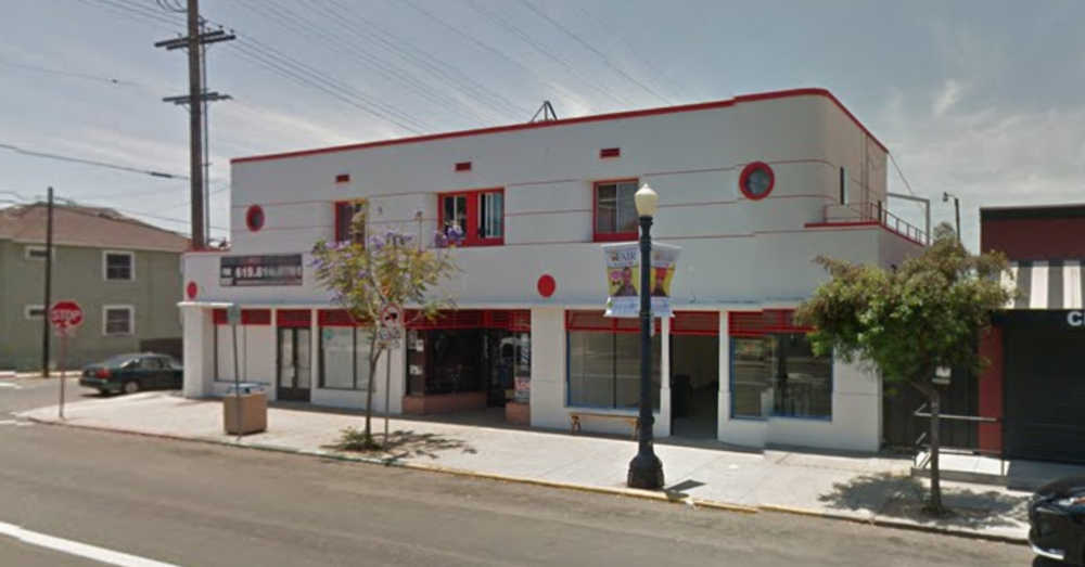 FOR LEASE - 1 YEAR (NO VACANCY)  TOTAL UNITS: FIVE  RENT: $1600/MONTH