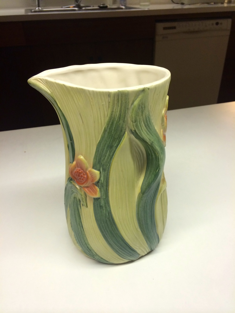 This vase belonged to Ruth Fisher (Frances Conroy) on Six Feet Under and it's so Ruth.