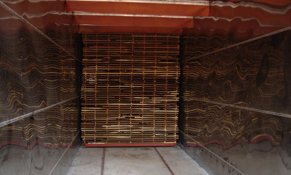 Em que duas das estufas podem secar até 22M3 por ciclo de secagem  - Each of the 2 kilns can dry 22M3 per drying cycle