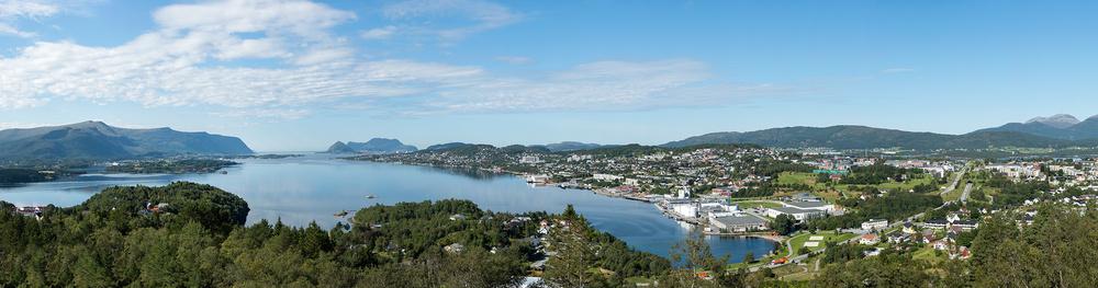 Spjelkavik-Panorama3-utsn-105x28.jpg