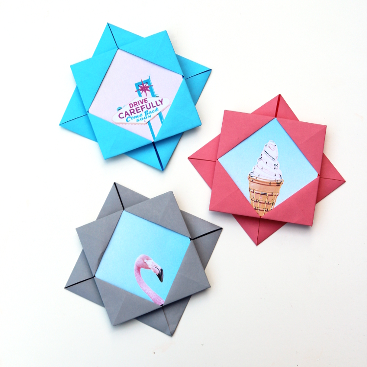 Make an Origami Photo Frame With Decorative Hearts | 750x750