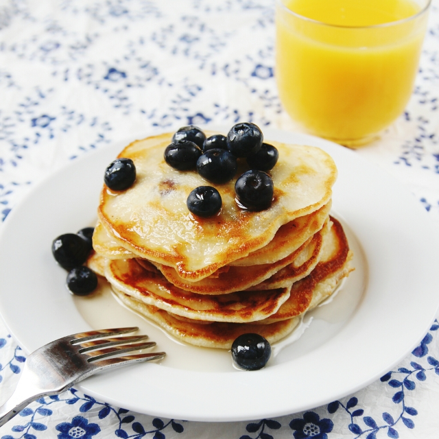 One Cup Blueberry Pancakes